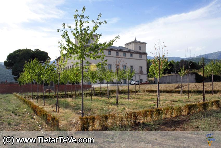 Palacio del Infante don Luis de Borbón y Farnesio en Arenas de San Pedro