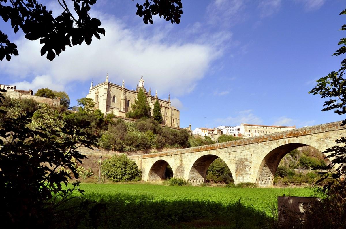 Puente de Piedra de Coria - Festivales Boccherini