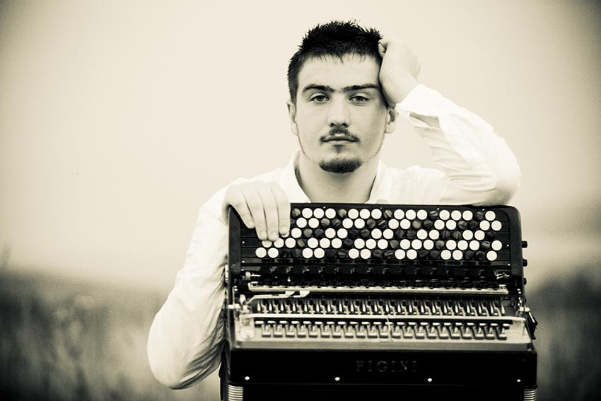 Acordeonista - Bartosz Glowacki - Festivales Boccherini